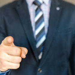 Empreender durante emprego ou sendo servidor público